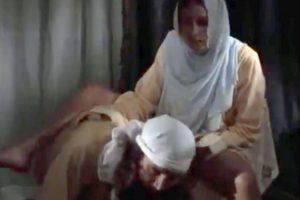 """8. Subir y compartir un video en internet: En septiembre, Saber Ayad fue apresado en Egipto luego de que varios grupos de hombres enojados rodearan su casa, clamaran por su muerte y lo acusaran de hereje, ateo y de promover La inocencia de los musulmanes–un cortometraje que fue considerado ofensivo por muchos debido a que retrata al profeta Mahoma y al Islam de forma negativa-. Fue condenado a tres años de prisión por """"difamación de la religión"""" en diciembre.. Imagen Por:"""