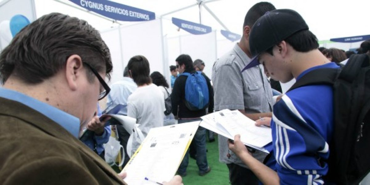 El desempleo en Chile bajó 0,4 puntos, al 6,2% en septiembre- noviembre