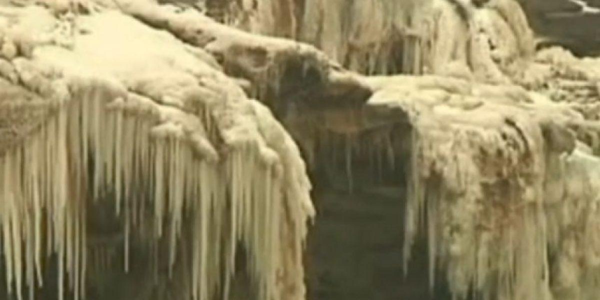 [FOTOS] Se congela la segunda catarata más grande de China por bajas temperaturas