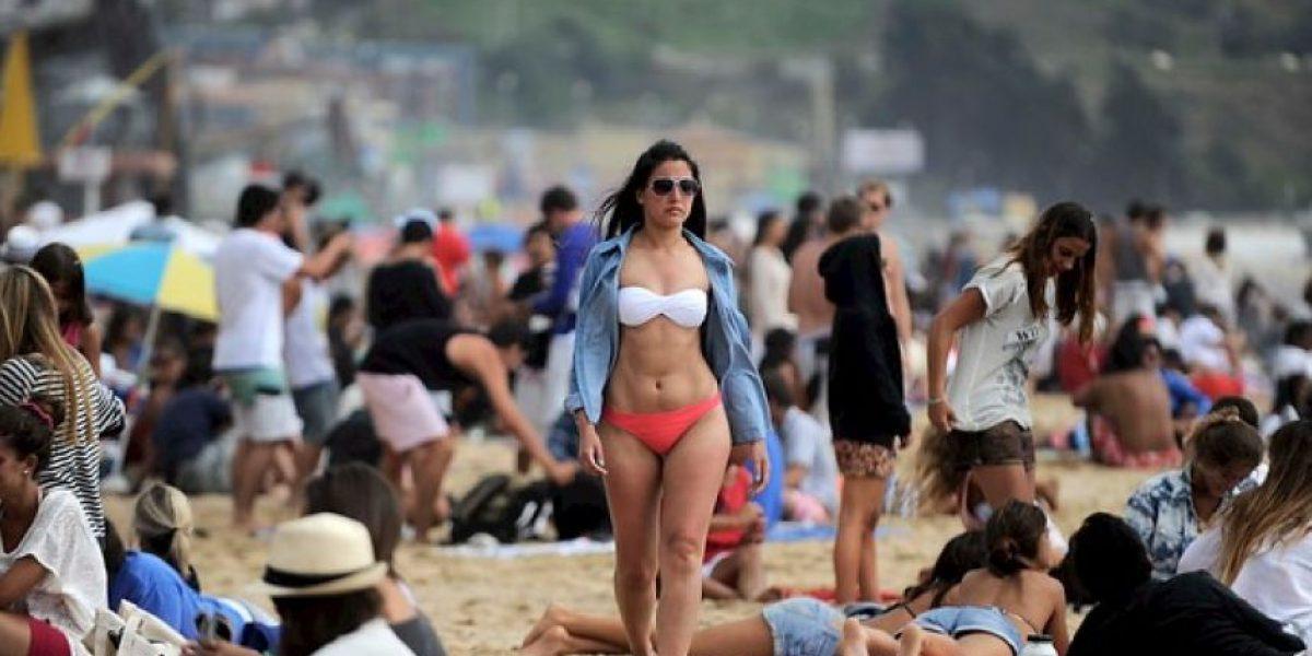 [FOTOS] Bellas argentinas disfrutan del calor en las playas de Reñaca