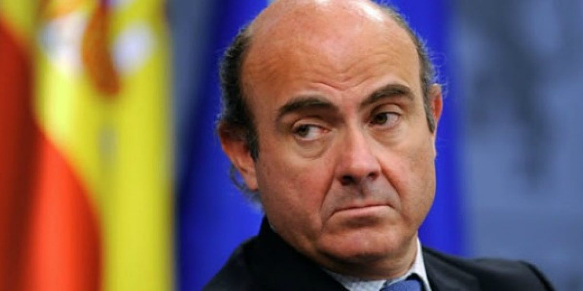 Ministro español pide tiempo para ver los frutos de la reforma laboral
