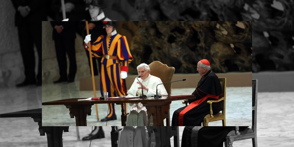 El papa estudia publicar un documento que podría adelantar el cónclave