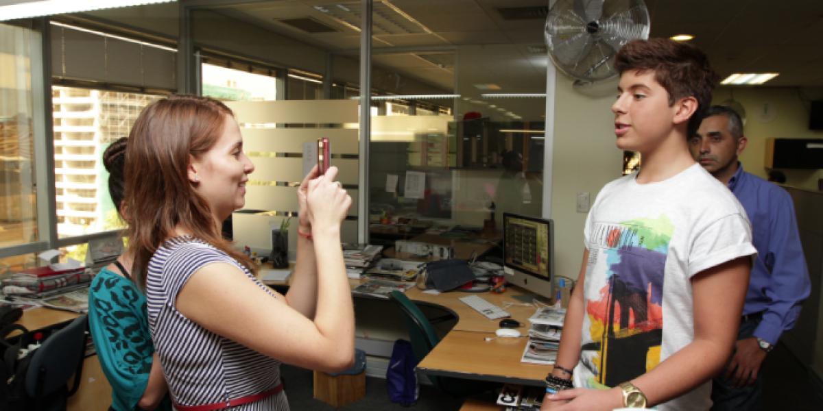 [FOTOS] Matt Hunter nos visitó y revolucionó las oficinas de Publimetro