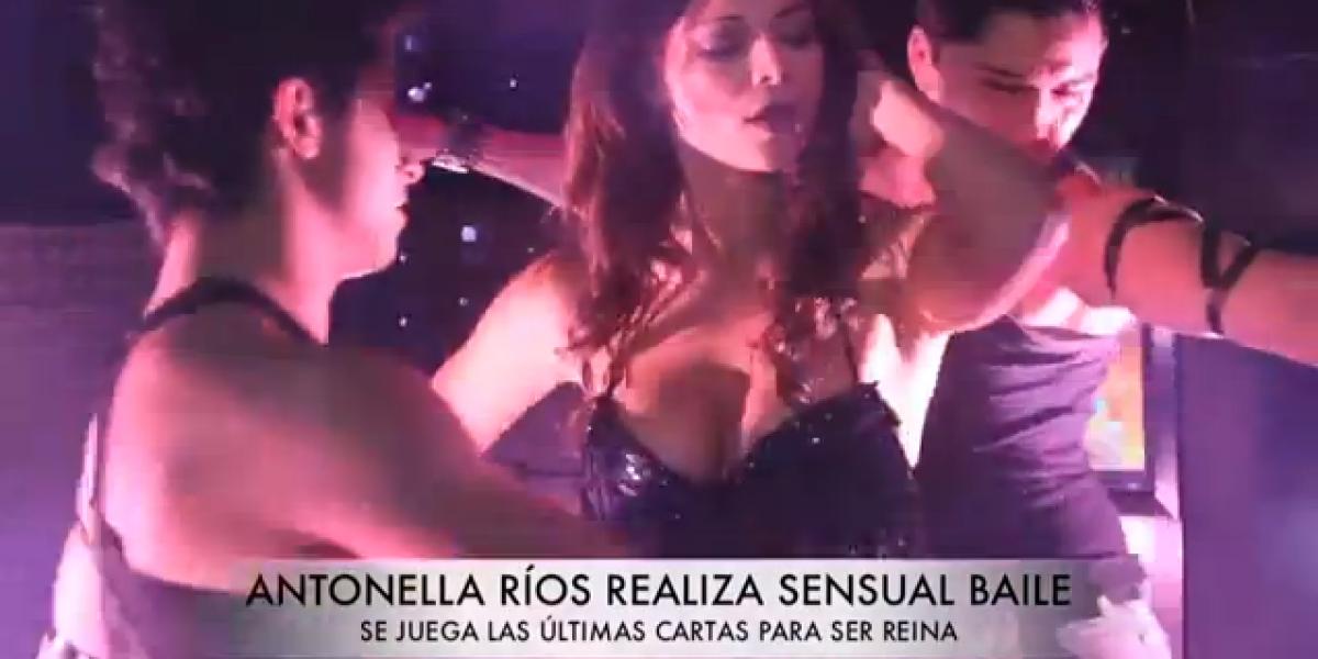 Antonella Ríos realizó sensual baile para la prensa