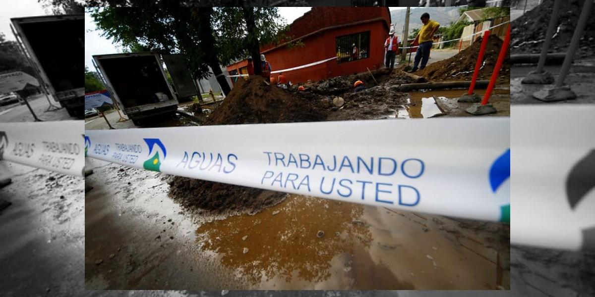 Formulan cargos a Aguas Andinas por cortes del 9 y 10 de febrero en la Región Metropolitana