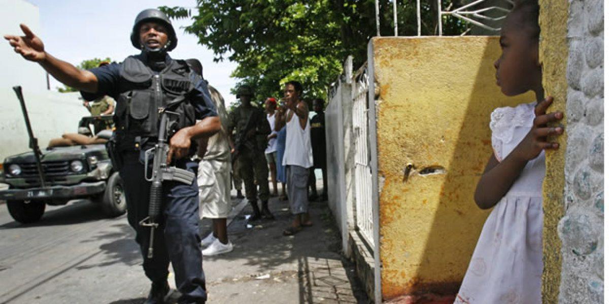 Policía Jamaicana no tiene autos para combatir el crimen
