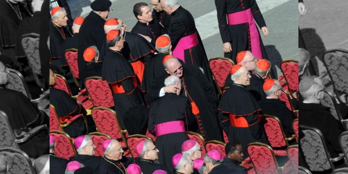 Comenzó la primera congregación de cardenales para preparar el cónclave