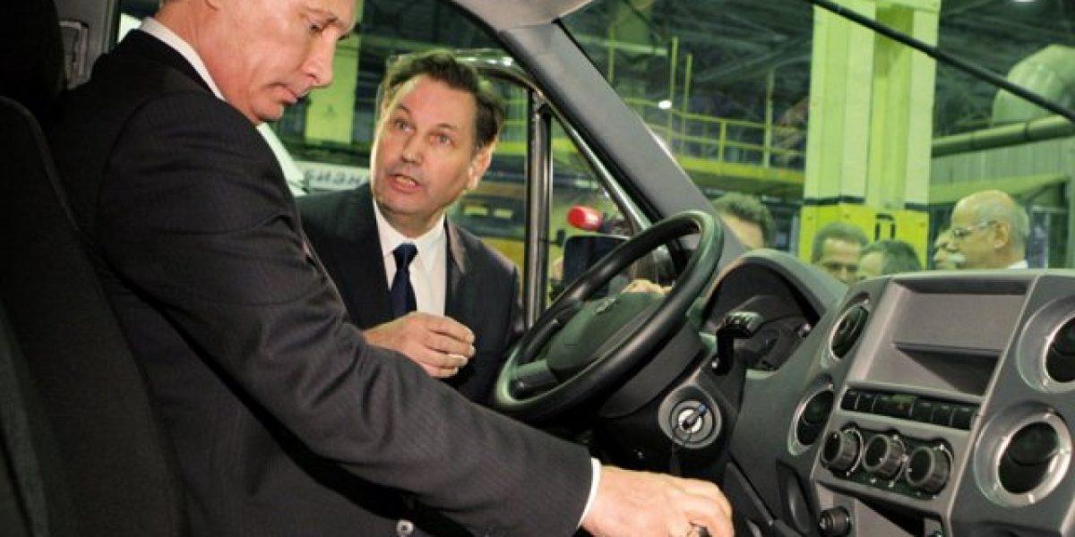 Concurso busca diseño del nuevo auto de Vladimir Putin