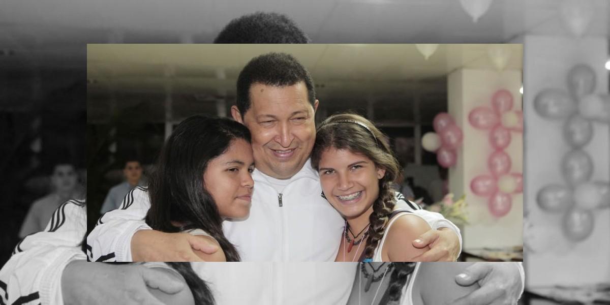 Hija de Hugo Chávez agradece condolencias por Twitter