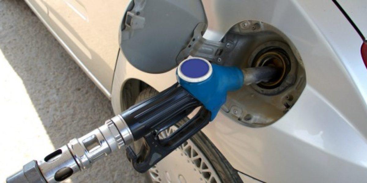 Econsult: $5 por litro promedio caería precio de las bencinas la próxima semana