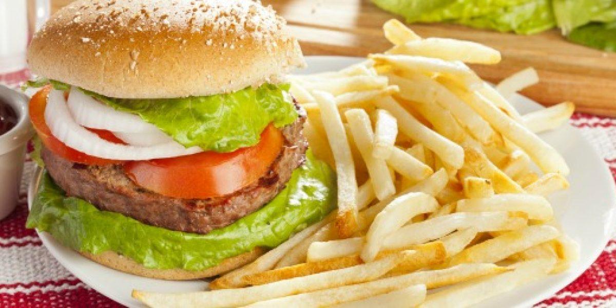 Ventas de comida rápida aumentan un 7,5% en 2012