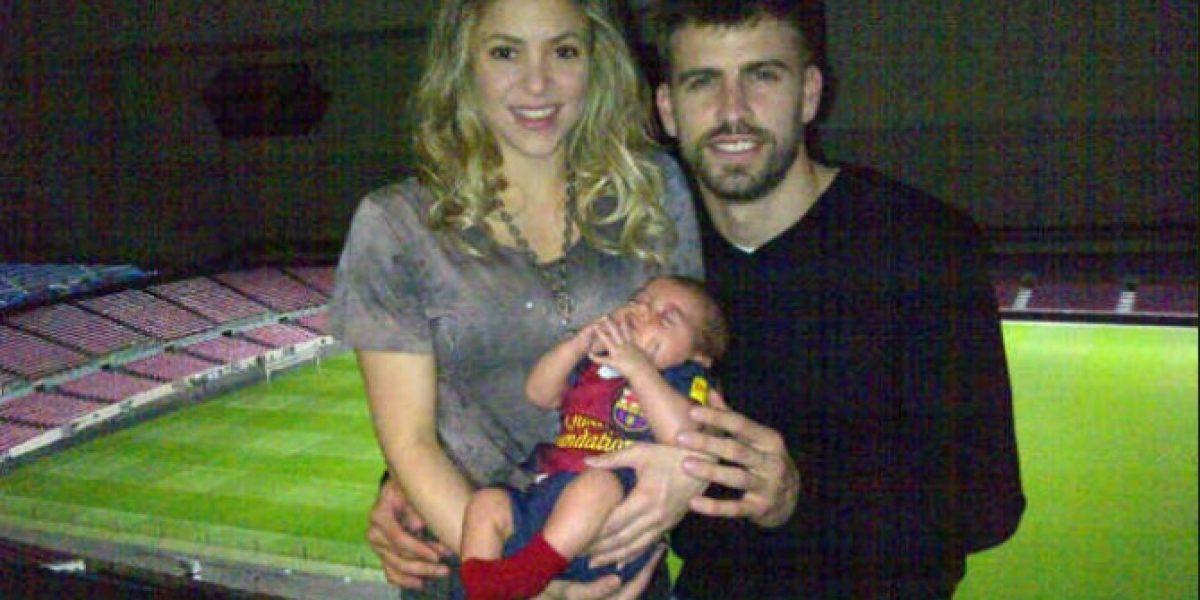 Piqué publica foto de Shakira y de su hijo tras triunfo del Barcelona