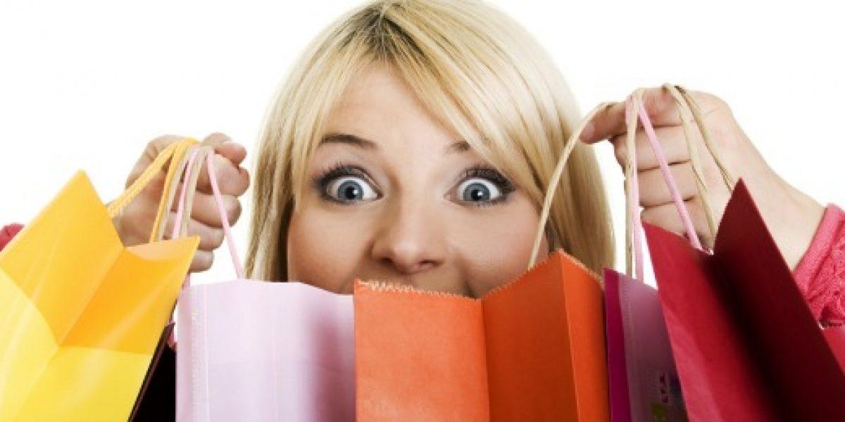 Mujeres lideran la compra por Internet