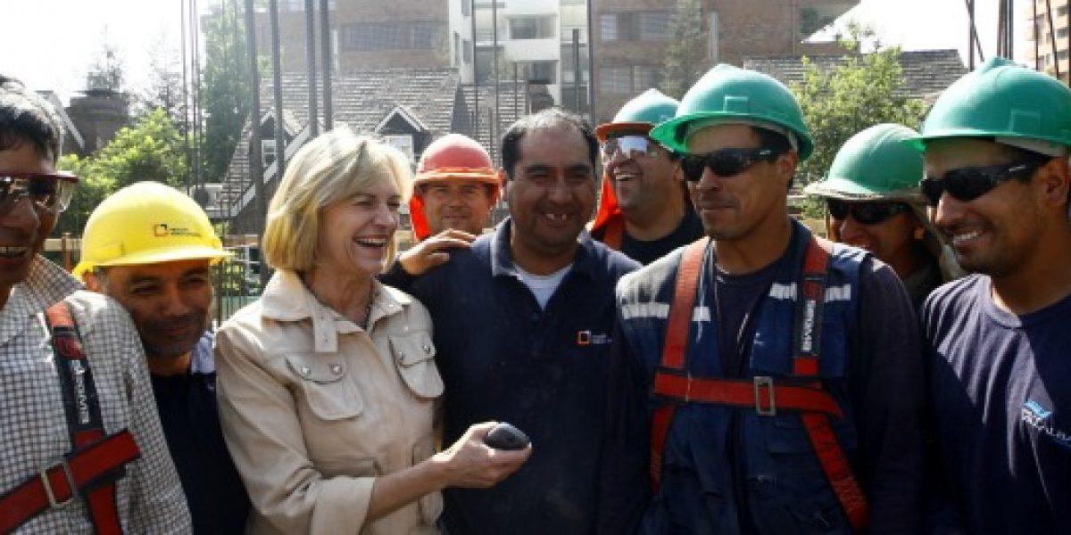 Matthei: mujeres que trabajan en la construcción se duplicó en seis años