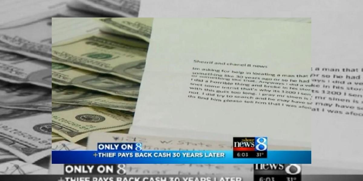 Ladrón arrepentido devolvió dinero robado a una tienda 30 años después