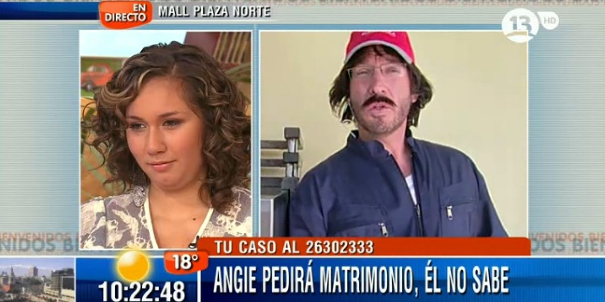 Martín Cárcamo se disfraza para ayudar a pedir matrimonio a una joven