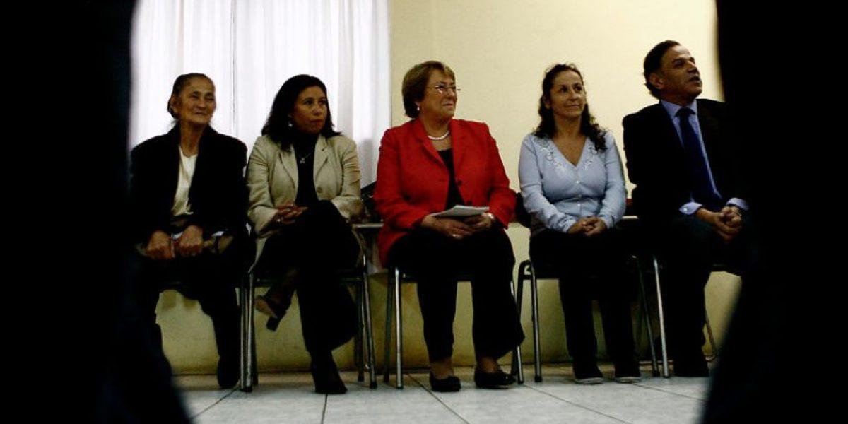 [GALERÍA] Así fue la primera actividad de Bachelet como precandidata presidencial