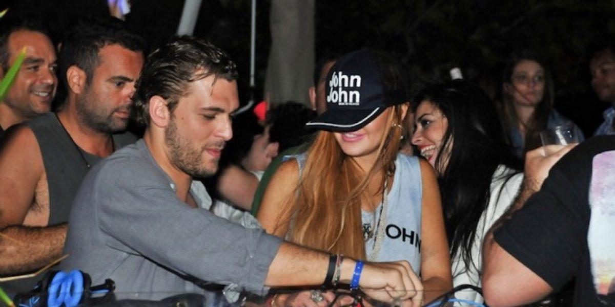 Brasil: Lindsay Lohan se las da de DJ después de pasar por Lollapalooza