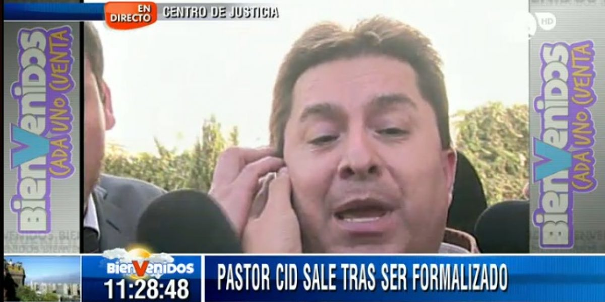 Caótica salida del Pastor Cid de los tribunales de Justicia