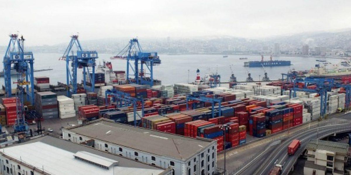 Gobierno advierte que miles de empleos pueden perderse por huelga en puertos