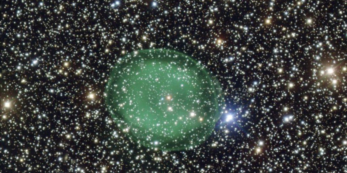 Captan nebulosa planetaria parecida a fantasmal burbuja verde
