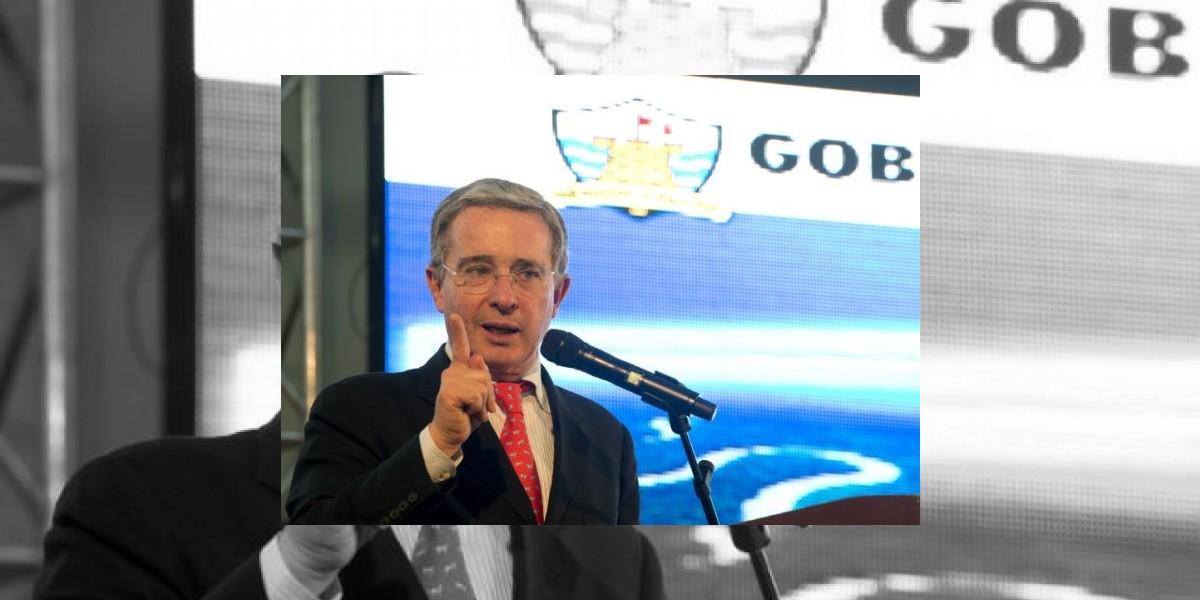 Uribe acusa a gobierno de Colombia de ofrecer impunidad a las FARC