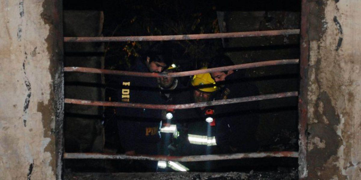 [FOTOS] Tres personas fallecen a causa de un incendio en Quilpué