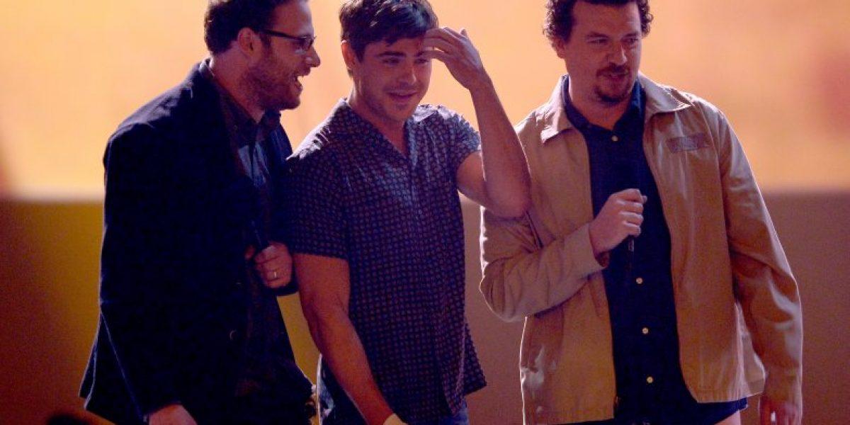 Actores se bajan los pantalones en plena ceremonia de los MTV Movie Awards