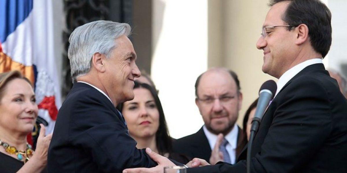 [FOTOS] Entre aplausos el ex ministro Beyer fue despedido de La Moneda