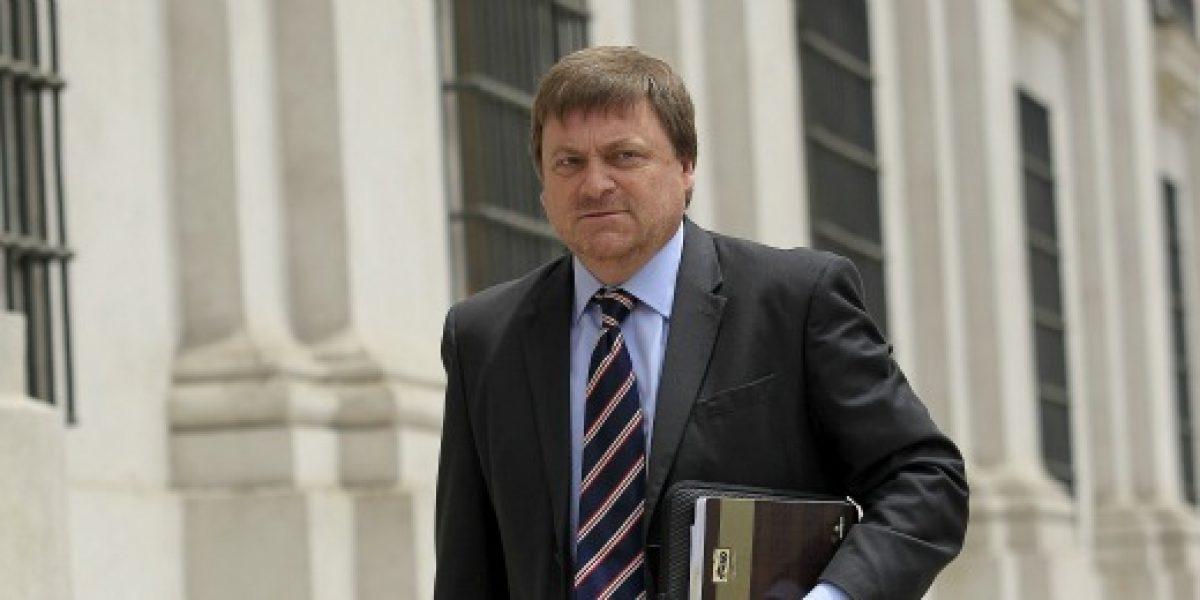 Ministro de Minería estima que precio del cobre no bajará de los US$3 la libra