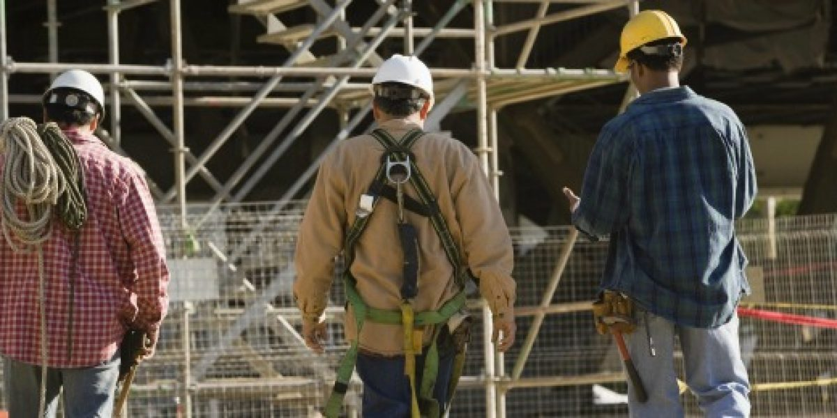 INE: desempleo anota 6,2% en trimestre enero - marzo