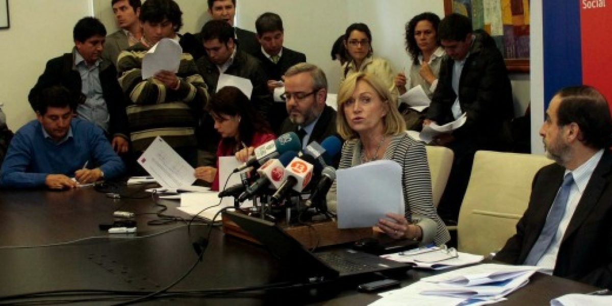 Matthei detalla cambios al seguro de cesantía anunciados por Piñera
