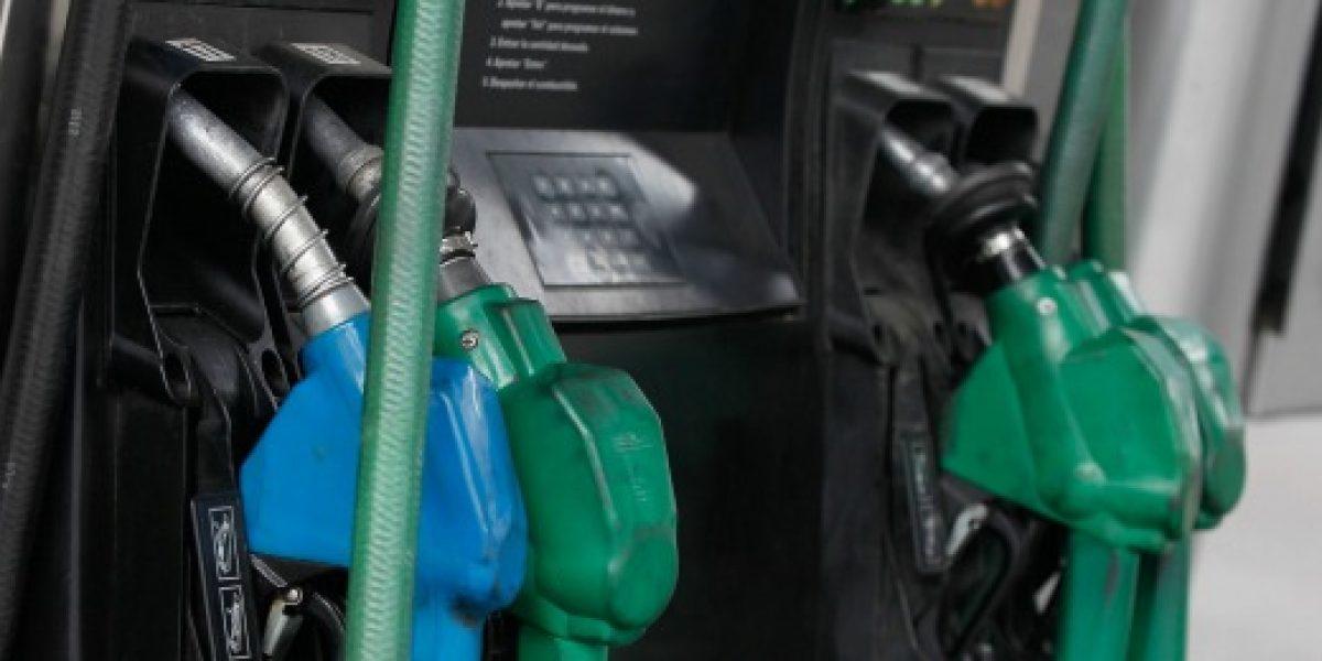 Precio promedio de las bencinas subiría la próxima semana