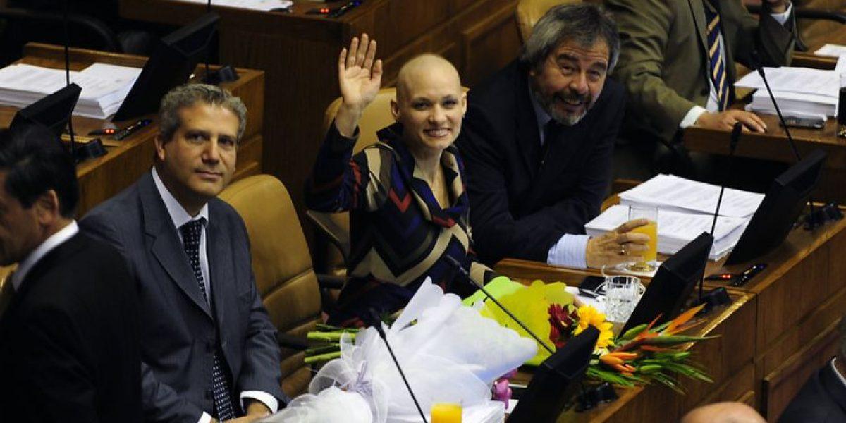 [FOTOS] El emocionante regreso a la Cámara de Carolina Goic