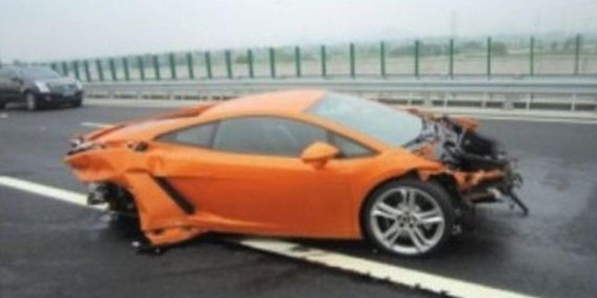 Periodista destroza Lamborghini en test drive
