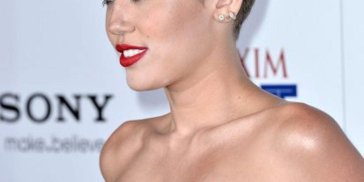 Miley Cyrus deslumbra en