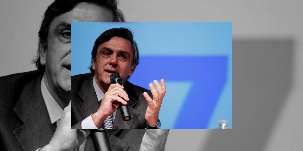 Longueira explica por qué se opone a una asamblea constituyente