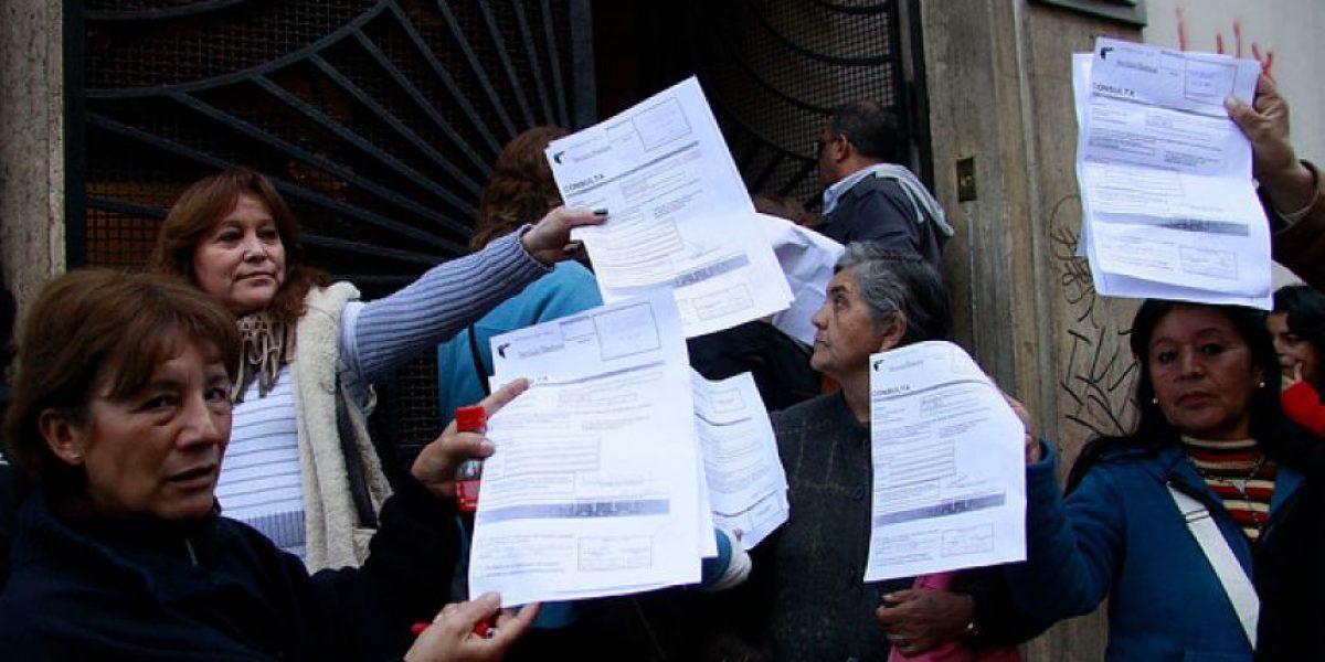 Denuncian en el Servel inscripciones irregulares en partidos políticos