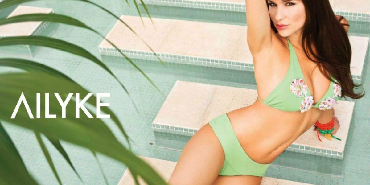 Pampita se luce en bikini para campaña en Argentina
