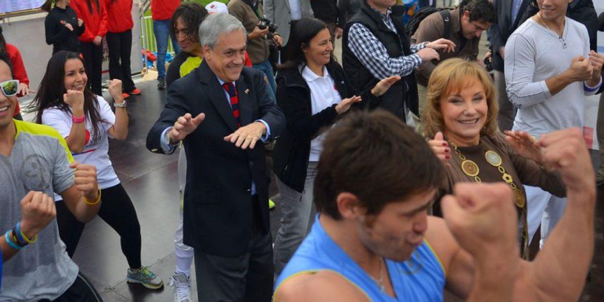[FOTOS] Presidente Piñera bailó en su estilo junto a Cecilia Morel