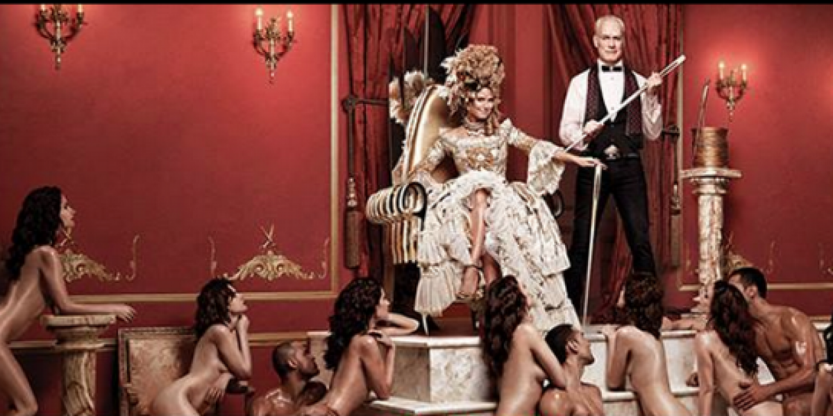 Censuran afiche de Heidi Klum con modelos desnudas