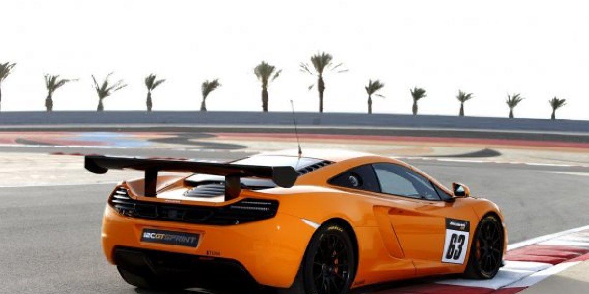 McLaren presenta a su nuevo superdeportivo 12C GT