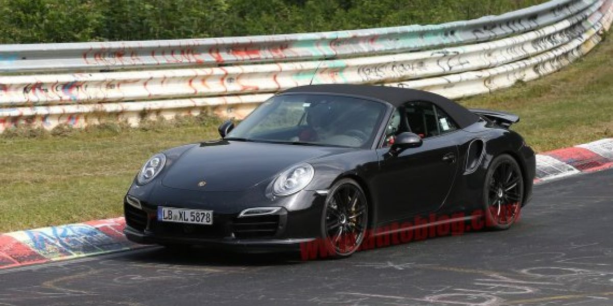 FOTOS ESPÍAS: El Porsche 911 Turbo descapotable se dejó ver