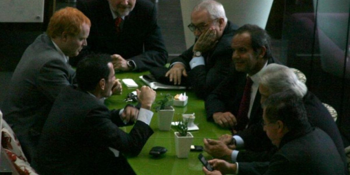 [FOTOS] La reservada cita de Allamand con Capriles
