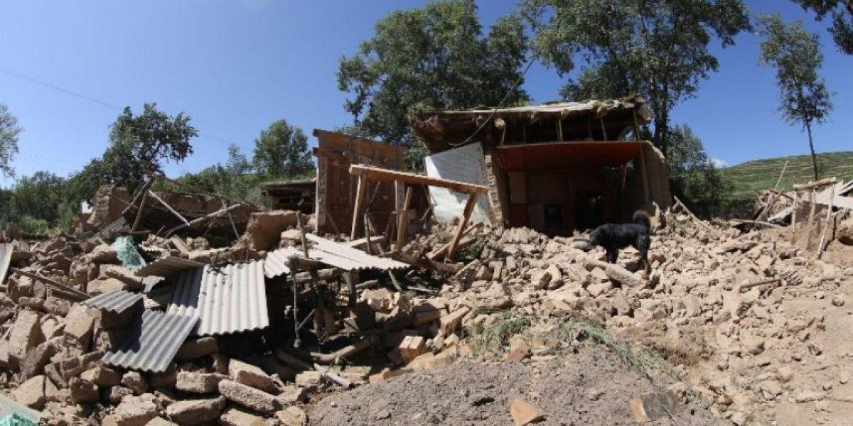 [FOTOS] 75 Muertos, 14 desaparecidos y 600 heridos deja terremoto en China