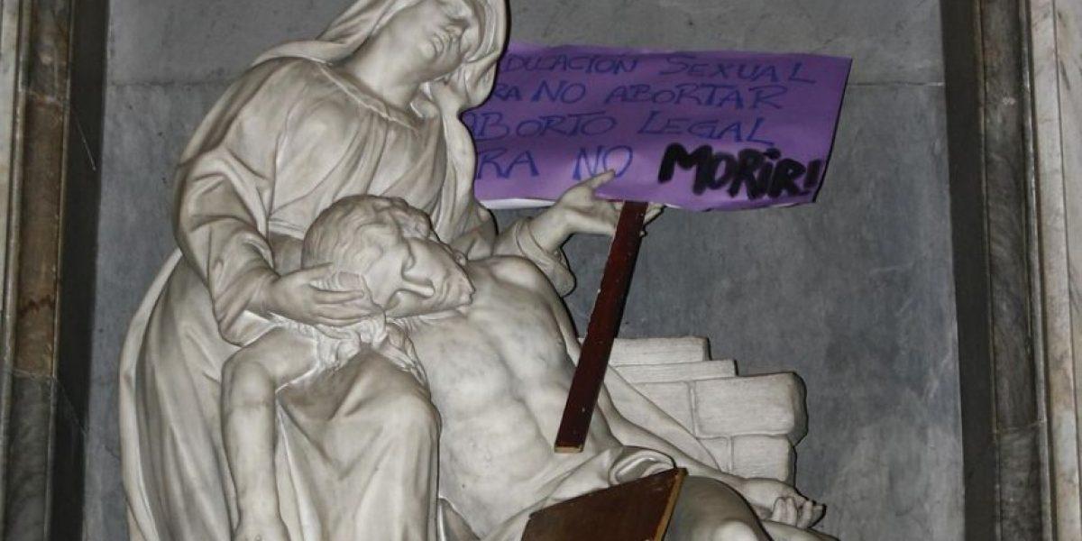 Presentan querella por incidentes en Catedral tras marcha pro aborto