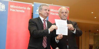 Hacienda y Anef firman acuerdo para nueva ley de incentivo al retiro
