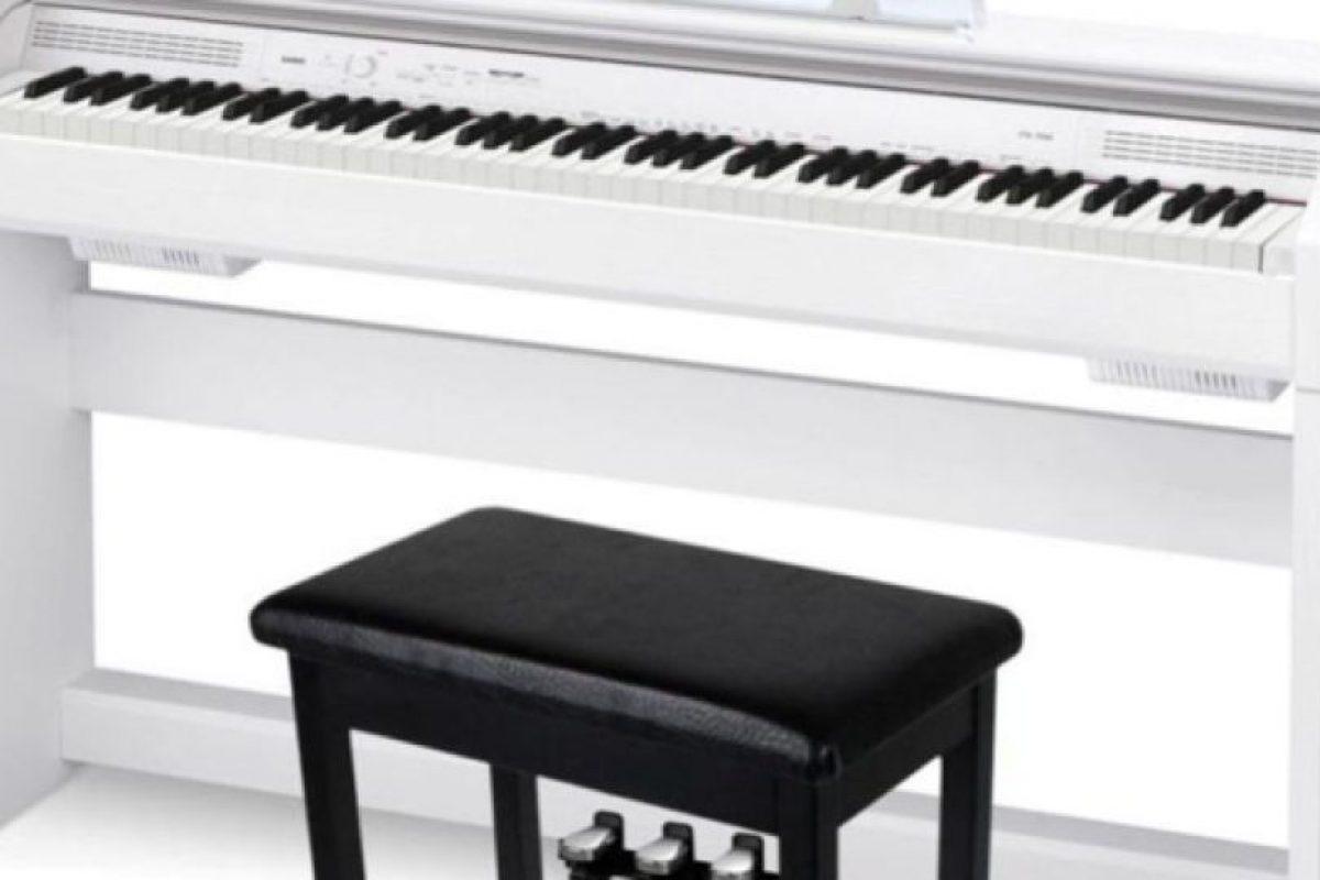 """Piano man: Eran los años 80, en un club de San Francisco. Un portero fue a """"divertirse"""" con su novia sobre un piano hidráulico, de esos que bajan del techo. El piano se elevó y los dos quedaron aplastados Foto:Publimetro México. Imagen Por:"""