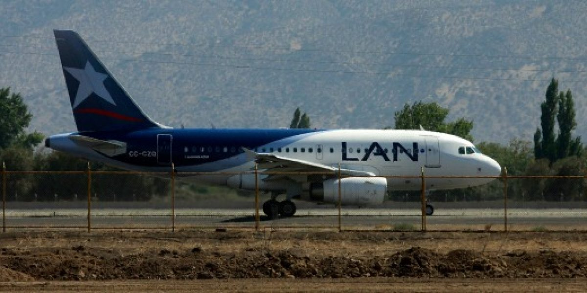 LAN sigue en Aeroparque: justicia argentina extiende cautelar que frena desalojo