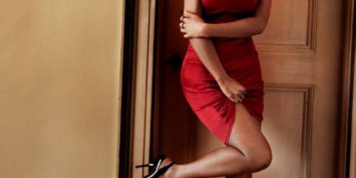 Christina Aguilera luce su esbelta figura en la revista Maxim